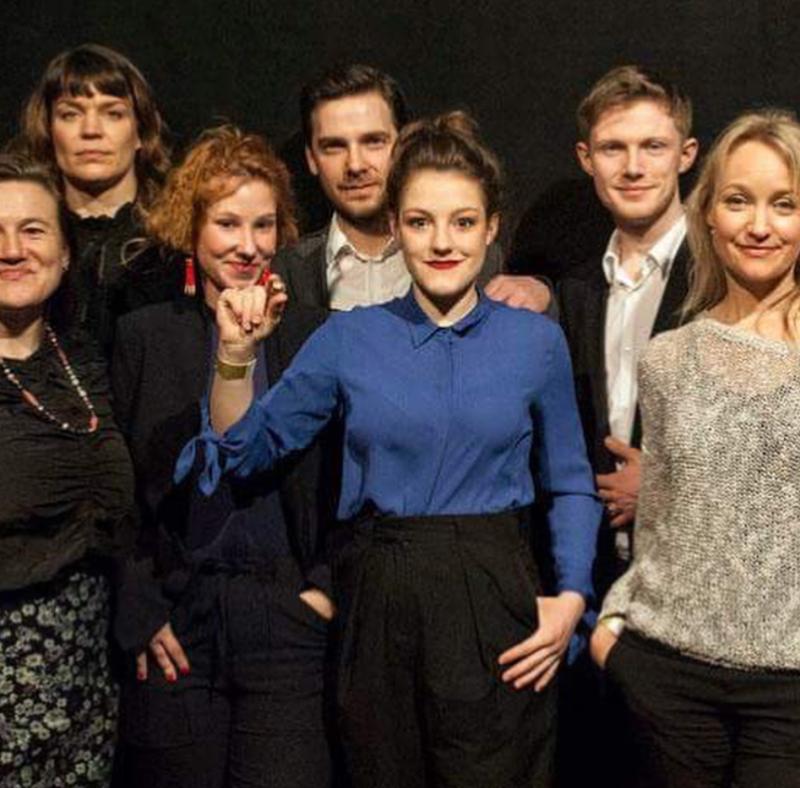 """[:de]Das L'Animale-Ensemble gewinnt den Diagonale Schauspielpreis[:en]The """"L'Animale"""" ensemble wins the Diagonale Drama Award[:]"""